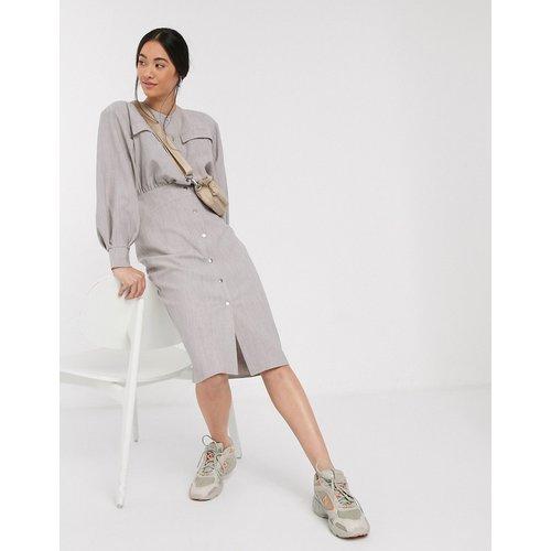 Premium - Robe chemise mi-longue texturée casual à boutons pression - ASOS DESIGN - Modalova