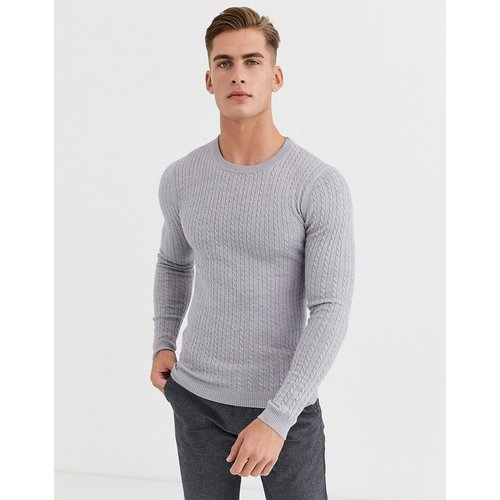 Pull en maille torsadée de laine mérinos - clair - ASOS DESIGN - Modalova