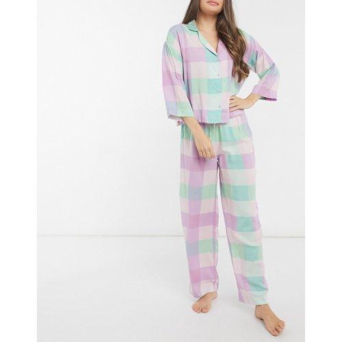 Pyjama avec pantalon et chemise manches longues en modal à carreaux - ASOS DESIGN - Modalova