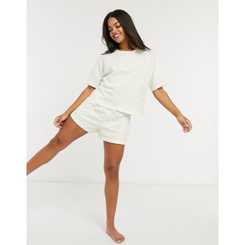 Pyjama short et t-shirt à rayures - citron - ASOS DESIGN - Modalova