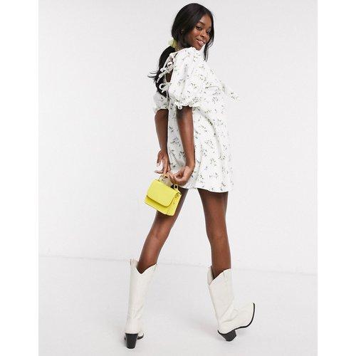 Robe babydoll courte en jean imprimé - ASOS DESIGN - Modalova