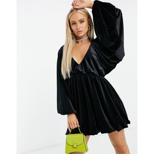 Robe babydoll courte oversize en velours - Noir - ASOS DESIGN - Modalova