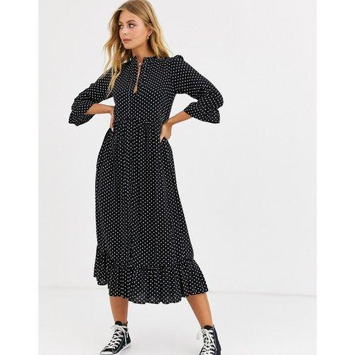 Robe blouse longue boutonnée à volants motif pois - ASOS DESIGN - Modalova