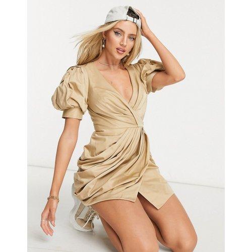 Robe cache-cœur courte structurée et drapée avec manches bouffantes - ASOS DESIGN - Modalova