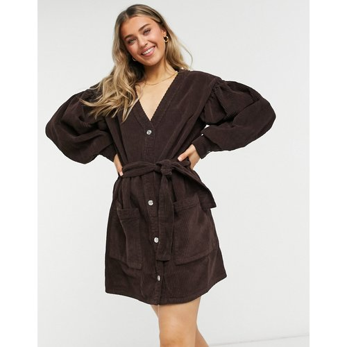 Robe cardigan à ceinture en velours côtelé - Chocolat - ASOS DESIGN - Modalova