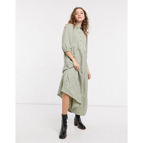 Robe chemise babydoll étagée avec nervures - Kaki - ASOS DESIGN - Modalova