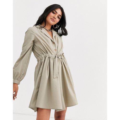 Robe chemise courte boutonnée avec taille froncée - ASOS DESIGN - Modalova