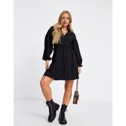 Robe chemise courte coupe cache-cœur - ASOS DESIGN - Modalova