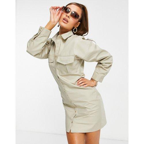 Robe chemise courte décontractée à taille froncée - Taupe - ASOS DESIGN - Modalova