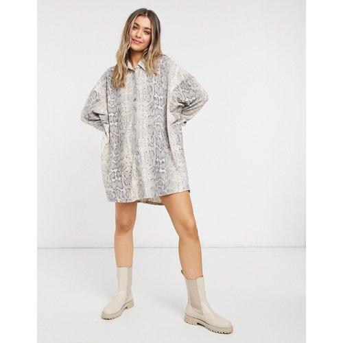 Robe chemise courte duveteuse - Serpent naturel - ASOS DESIGN - Modalova