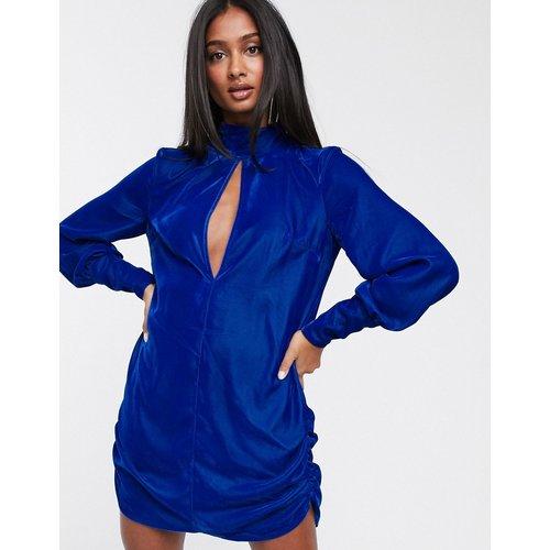 Robe chemise courte en velours avec découpe goutte d'eau - ASOS DESIGN - Modalova