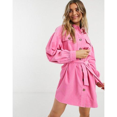 Robe chemise courte en velours côtelé - vif - ASOS DESIGN - Modalova
