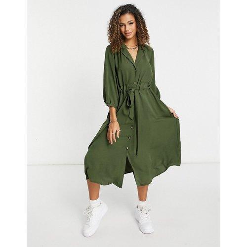 Robe chemise mi-longue boutonnée avec taille froncée - Kaki - ASOS DESIGN - Modalova