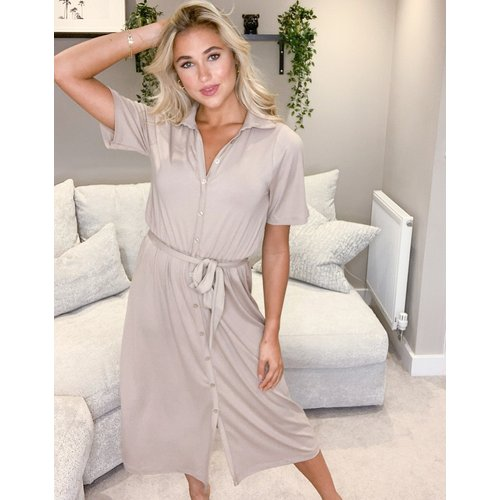 Robe chemise mi-longue boutonnée - Camel - ASOS DESIGN - Modalova