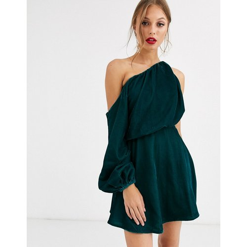 Robe courte asymétrique en velours - ASOS DESIGN - Modalova