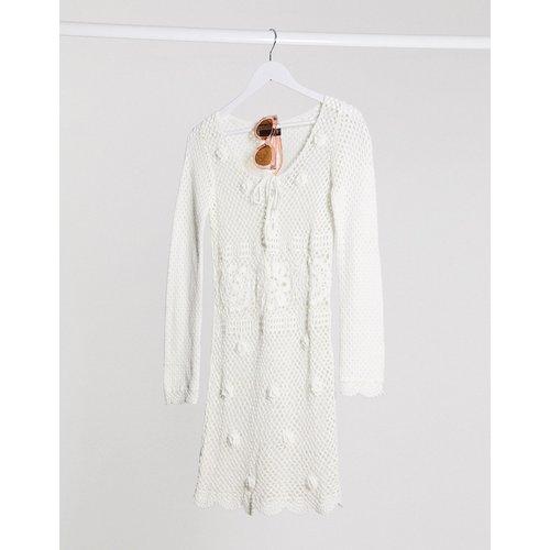 Robe courte en maille au crochet tricotée main - ASOS DESIGN - Modalova
