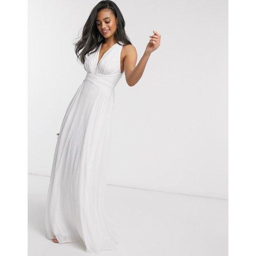 Robe longue drapée pour demoiselle d'honneur avec corsage froncé et effet croisé à la taille - ASOS DESIGN - Modalova