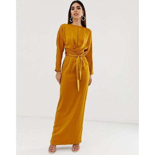 Robe longue en satin à manches chauve-souris et taille croisée - ASOS DESIGN - Modalova