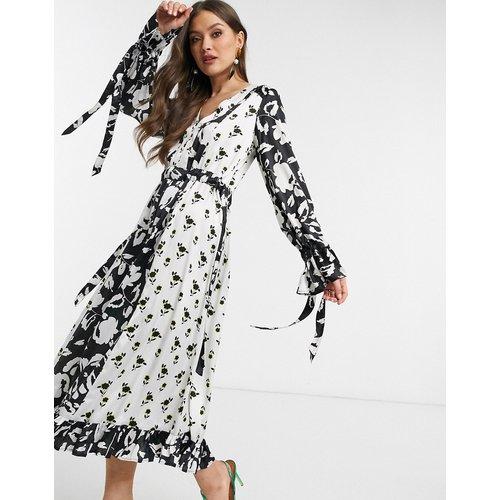 Robe longue trapèze avec imprimé floral varié - ASOS DESIGN - Modalova