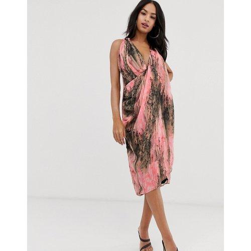 Robe mi-longue drapée devant imprimé abstrait - ASOS DESIGN - Modalova