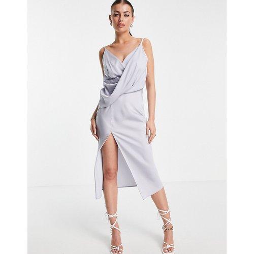Robe nuisette mi-longue effet satiné drapée sur le devant avec jupe portefeuille - ASOS DESIGN - Modalova