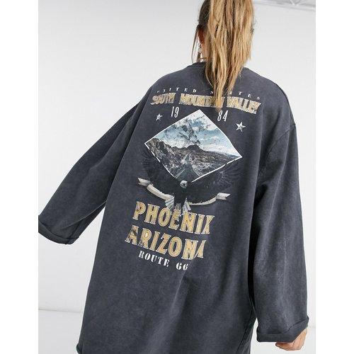 Robe pull courte oversize avec bords bruts à imprimé phoenix - délavé - ASOS DESIGN - Modalova