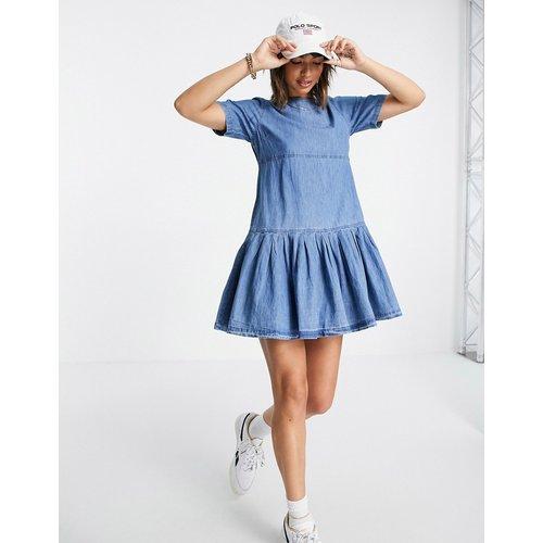 Robe t-shirt babydoll en jean souple - moyen délavé - ASOS DESIGN - Modalova
