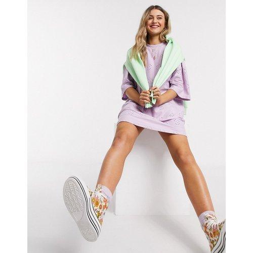 Robe t-shirt brodée ultra oversize - Lilas - ASOS DESIGN - Modalova