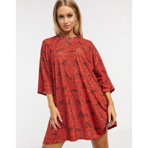 Robe t-shirt oversize à imprimé léopard - Noir et - ASOS DESIGN - Modalova