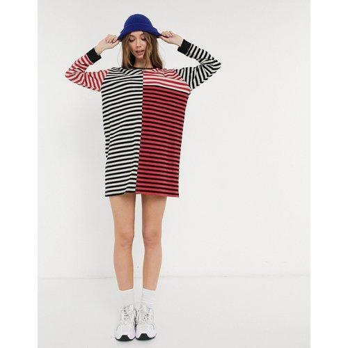 Robe t-shirt oversize à manches longues et rayures asymétriques - ASOS DESIGN - Modalova