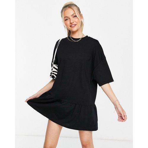 Robe t-shirt oversize à ourlet volanté - ASOS DESIGN - Modalova