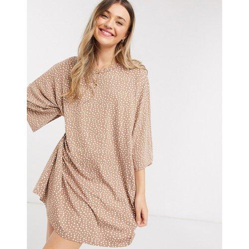 Robe t-shirt oversize à pois - Taupe - ASOS DESIGN - Modalova