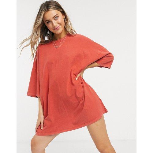 Robe t-shirt oversize - brûlé - ASOS DESIGN - Modalova