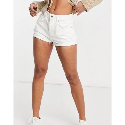 Short en jean décontracté à taille mi-haute - ASOS DESIGN - Modalova