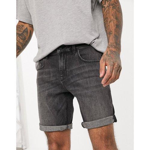Short en jean slim - délavé - ASOS DESIGN - Modalova