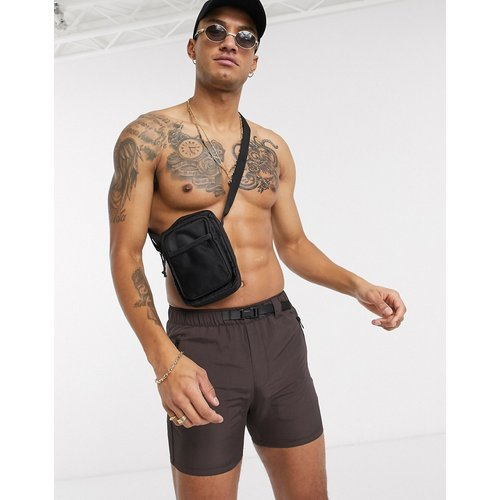 Short fonctionnel en nylon avec ceinture tressée - ASOS DESIGN - Modalova