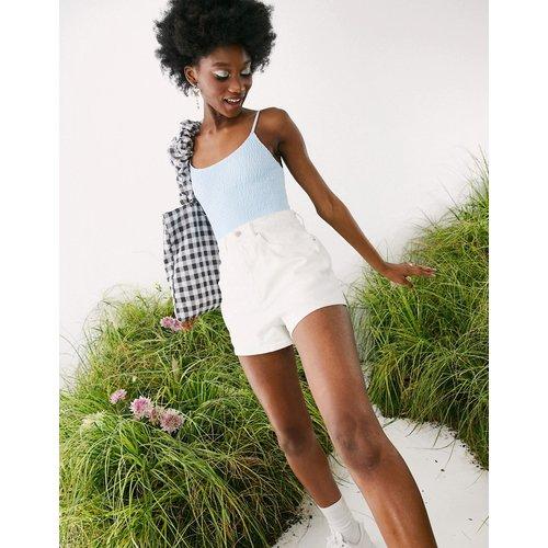Short mom taille haute en jean style années80 - ASOS DESIGN - Modalova
