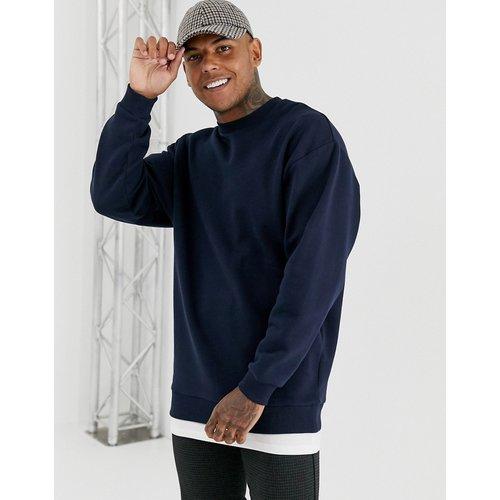 Sweat-shirt oversize à ourlet mouchoir - Bleu marine - ASOS DESIGN - Modalova
