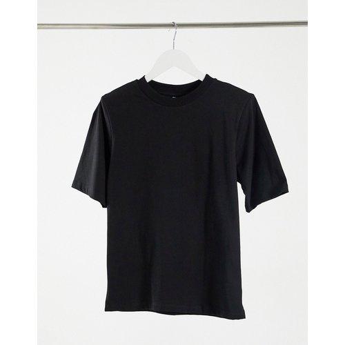 T-shirt avec épaulettes - ASOS DESIGN - Modalova