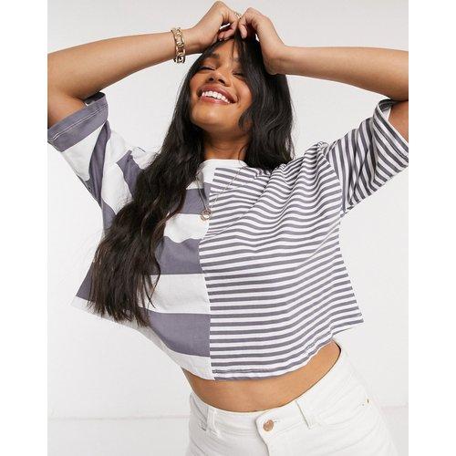 T-shirt crop top à empiècements à rayures - Anthracite - ASOS DESIGN - Modalova