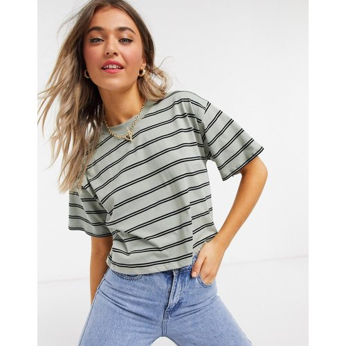 T-shirt crop top à rayures - Kaki et noir - ASOS DESIGN - Modalova
