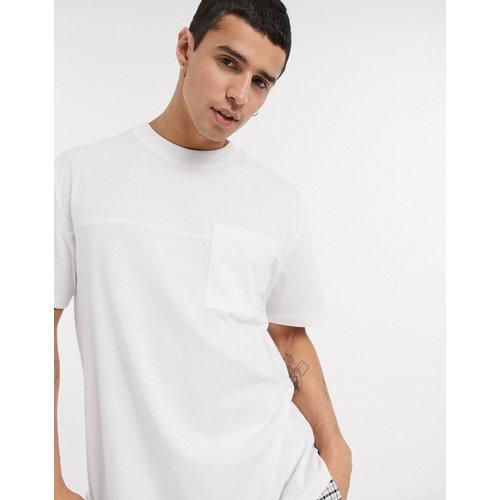 T-shirt décontracté avec poche - ASOS DESIGN - Modalova