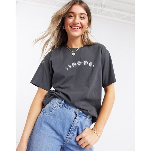 T-shirt délavé avec imprimé lune - ASOS DESIGN - Modalova