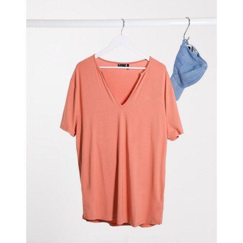T-shirt long décontracté en viscose avec col V profond - Rouge brique - ASOS DESIGN - Modalova