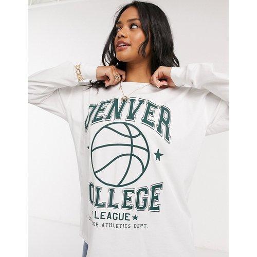 T-shirt oversize à manches longues avec imprimé Denver style universitaire - Écru - ASOS DESIGN - Modalova