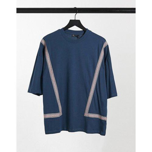 T-shirt oversize à manches mi-longues et bande à motif aztèque - Bleu - ASOS DESIGN - Modalova
