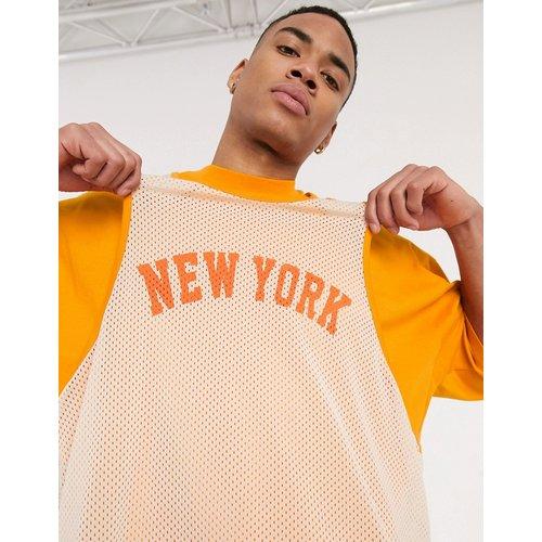 T-shirt oversize long avec superposition débardeur en tulle et imprimé ville - ASOS DESIGN - Modalova