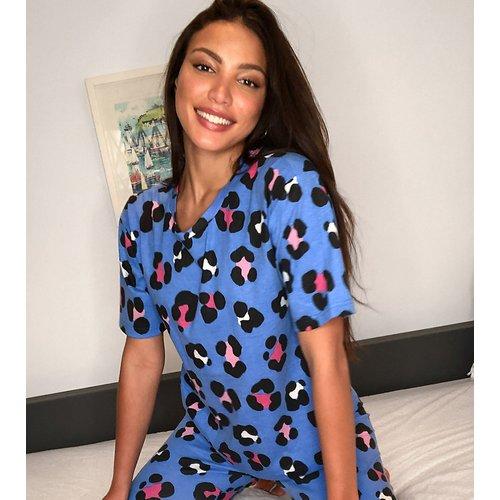 ASOS DESIGN Tall - Exclusivité - Pyjama à imprimé animal avec t-shirt et legging - ASOS Tall - Modalova