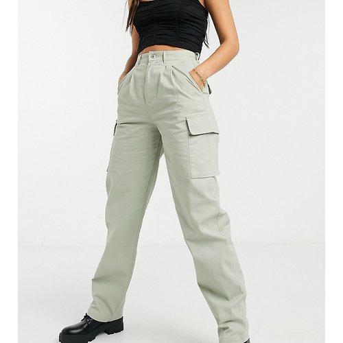 ASOS DESIGN Tall - Pantalon chino à pinces avec poches cargo - Sauge - ASOS Tall - Modalova