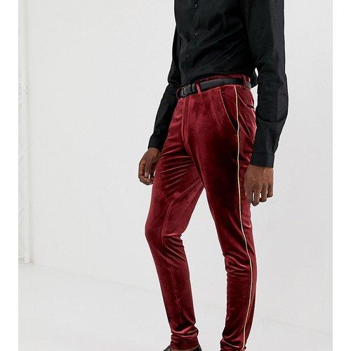Tall - Pantalon habillé ultra ajusté en velours avec liserés dorés - Bordeaux - ASOS DESIGN - Modalova